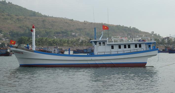 Tàu cá vỏ FRP Anh Tuấn 2014 (KH-99326-TS)