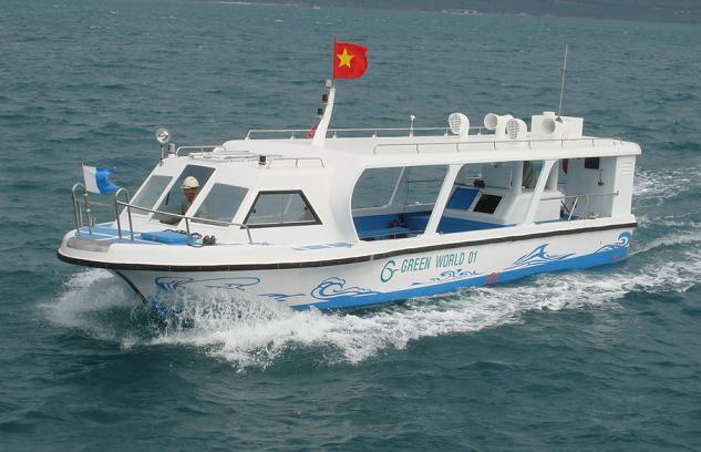 Tàu Green World 01 được ra đời trên cơ sở những cải tiến nêu trên. Tàu này được thi công cho Công ty TNHH GREEN HOTEL - Khánh Hòa.