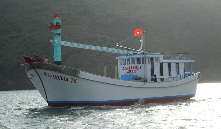 Chạy thử tàu Anh Kiệt 2014