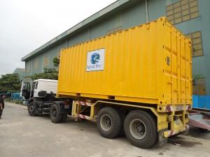 Xe container sau khi lắp đặt 02 thùng lạnh